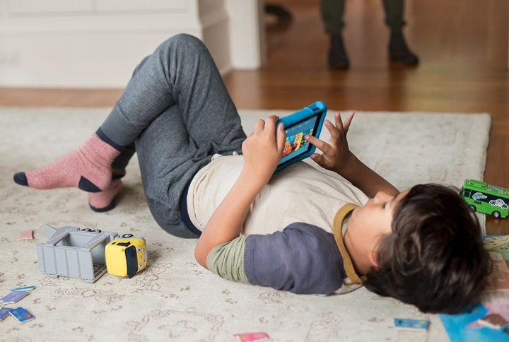 بررسی مزایا و معایب فناوری با اسباب بازی های قدیمی